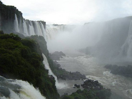 Foz do Iguacu, PR: Garganta del Diablo, bottom view