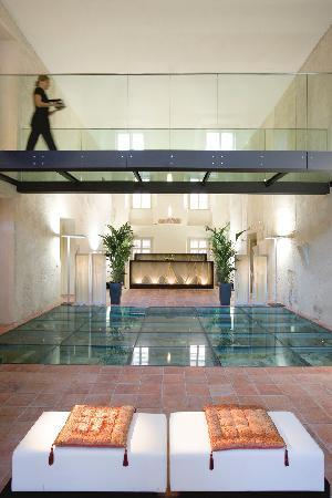 The spa at mandarin oriental prague voted best in europe for Best spa in prague