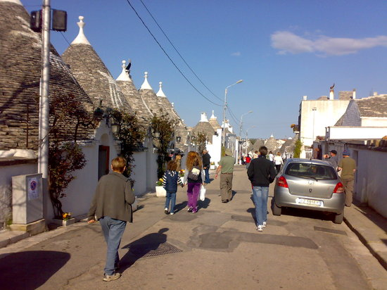 Corso principale Alberobello