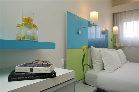 City Hotel Tel Aviv: room