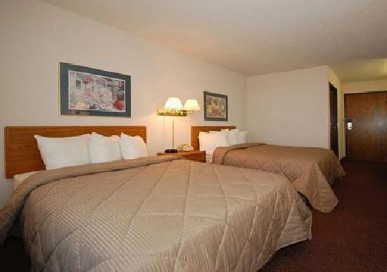 Quality Inn Reedsburg: Guest Room