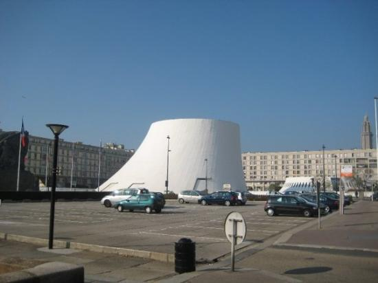 Le Havre, France : le Volcan  
