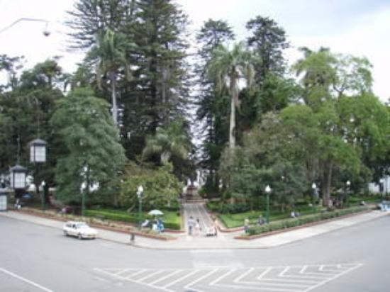 Popayan, Colombia: Parque caldas