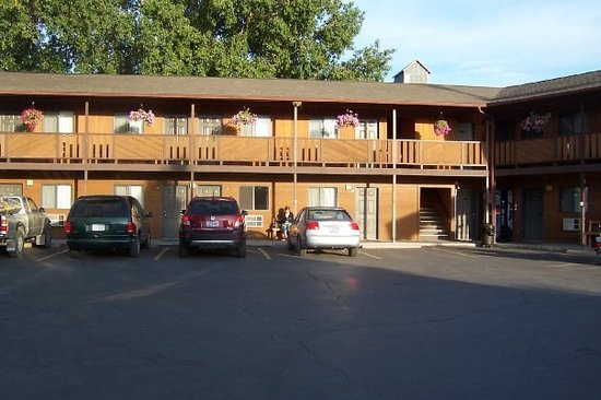 Photo of Broken Spurs Motel Three Forks