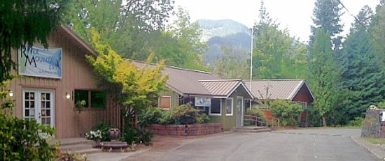 Photo of Mckenzie River Mountain Resort Blue River