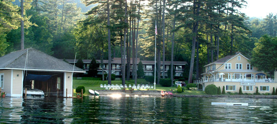 Photo of Chelka Lodge on Lake George Bolton Landing