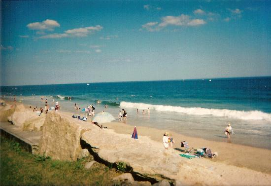 Misquamicut, RI: The beach