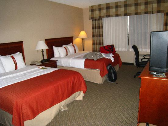 Holiday Inn Casa Grande: very nice looking room