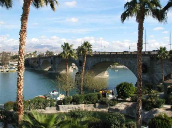 london bridge lake havasu. London Bridge - Lake Havasu