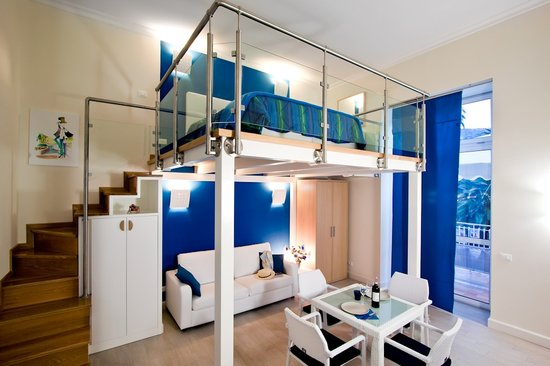 La Piazzetta Sorrento: Blue Apartment
