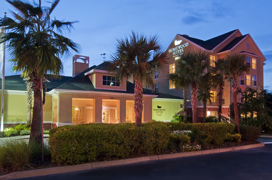 Homewood Suites by Hilton Orlando-UCF Area: There&#39;s so much to see and do in the Orlando area. Don&#39;t hesitate to ask one of our front desk s