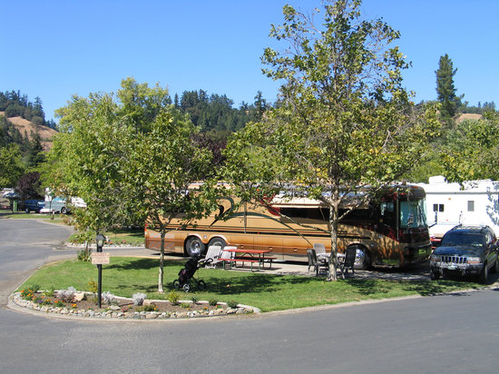 ‪Benbow RV Resort & Golf Course‬