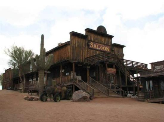 Apache Junction, AZ: Goldfield Ghost Town on the Apache Trail