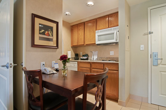 Homewood Suites by Hilton Orlando: Our Accessible Suites are designed for ease of mobility. The fully equipped kitchen, built to lo