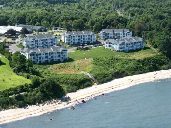 Cliffside Resort Condominiums: Property Angels at the Cliffside Resort, Greenport