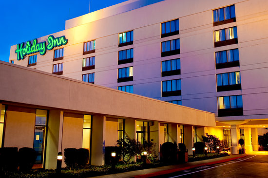 Holiday Inn Seattle-Renton: Exterior
