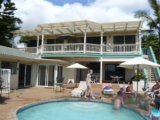 Wai Ola Vacation Paradise: Our own private pool and HOT TUB!!!  MARVELOUS!!!