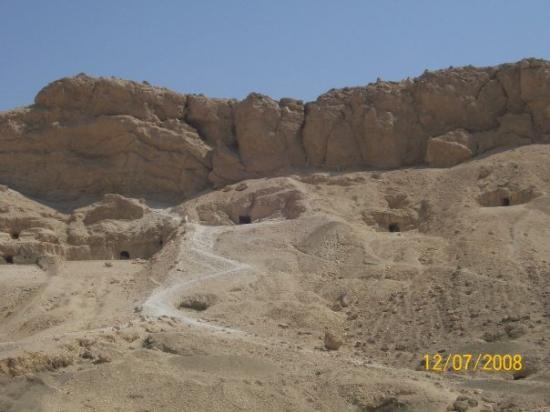 valley of the kings, tombs everywhere - Picture of Valley of the Kings ...