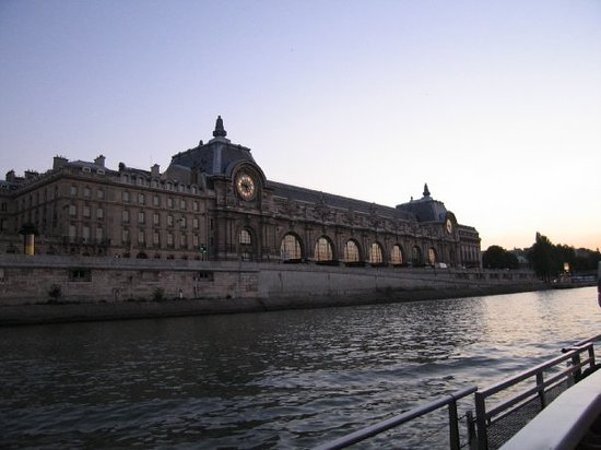 Quai d 39 orsay paris france address point of interest for Quai d orsay metro