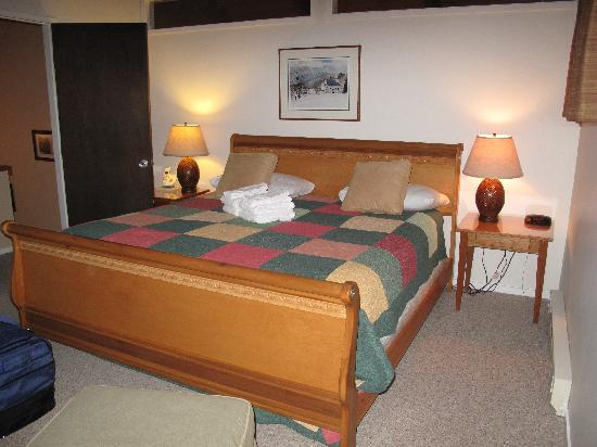 Master Bedroom Upstairs Picture Of The Bridges Family Resort Tennis Club Warren Tripadvisor
