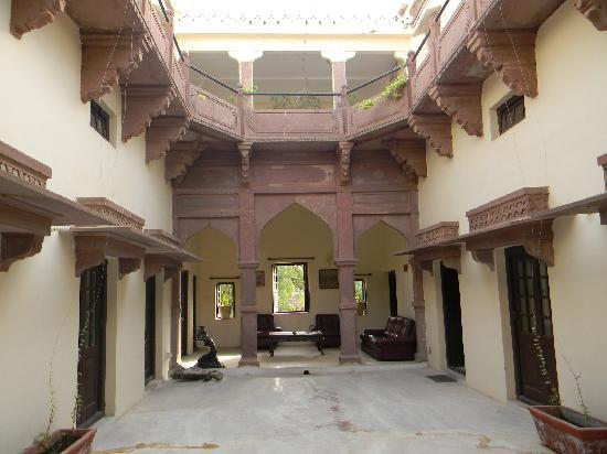 Khaas Bagh Jodhpur : The Inside of the Haveli