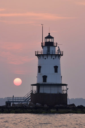 Warwick, RI : Conimicut Point lighhouse