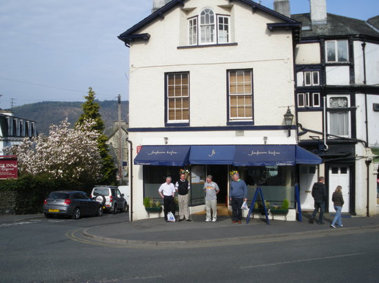 Bowness-on-Windermere, UK: Jacksons