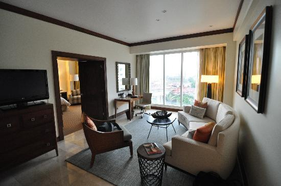 Real InterContinental Hotel Suite