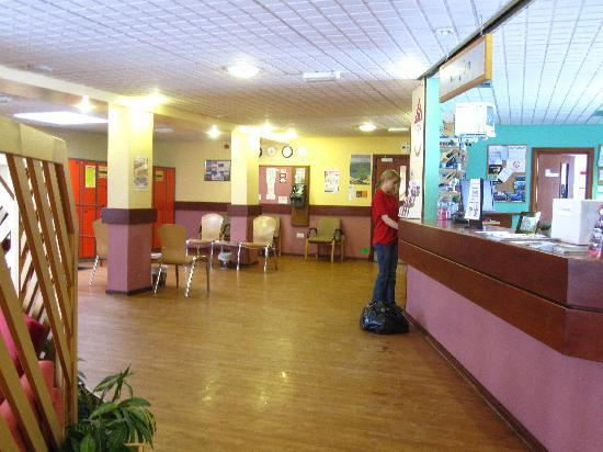 Inverness Youth Hostel: reception area