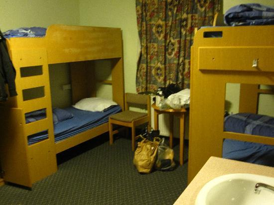 Inverness Youth Hostel: 6 bed dorm