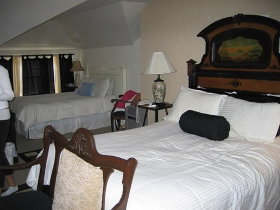 Birchcreek Retreat: Birch Creek Room