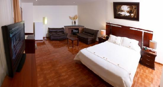 Charlies Place Hotel: Cozy and quaint hotel in North Bogota