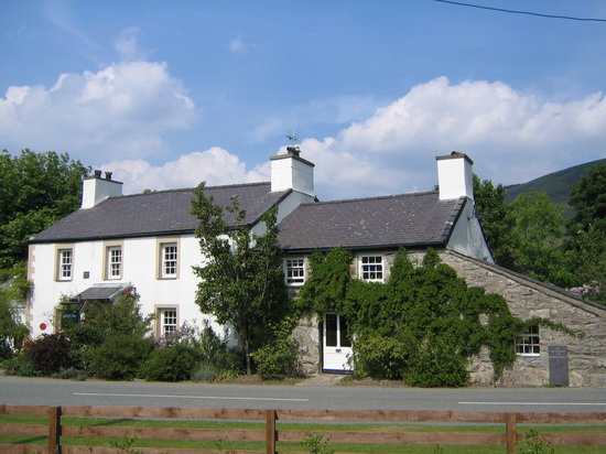 ‪Betws Inn‬