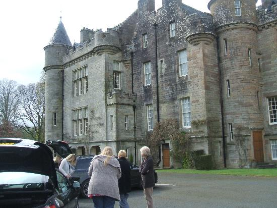 Ballantrae, UK: Glenapp - the local castle where we had afternoon tea!