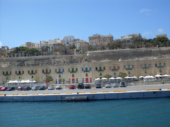 Qawra Palace Hotel: Colourful Malta