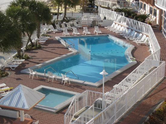 Palmetto Inn & Suites: Beachside Pool