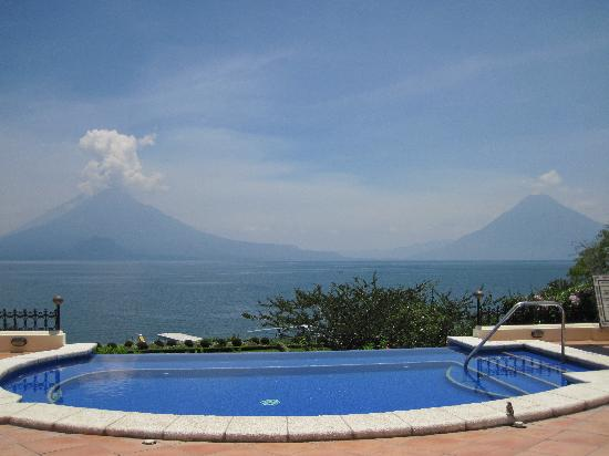 Hotel Atitlan: view from poolside