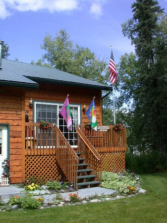 Alaska's Lake Lucille Bed & Breakfast: Alaska's Lake Lucille Entrance