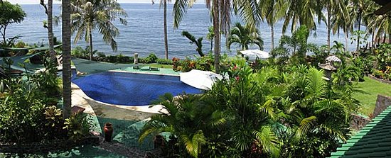 Tulamben, Indonesien: pool view from villa