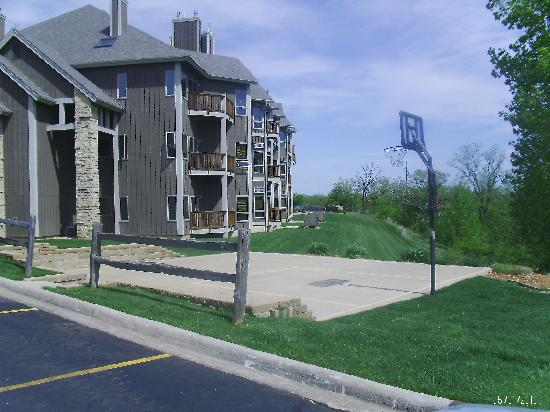Worldmark Galena: back of resort, beautifu view of hills,