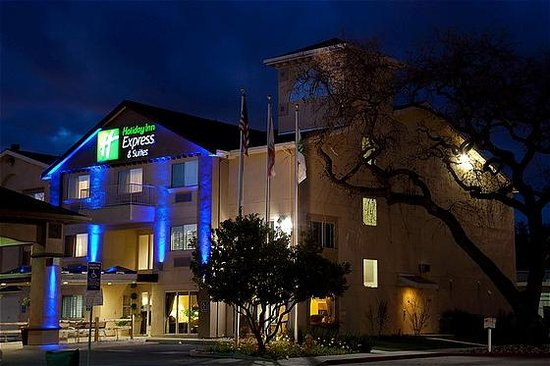 Holiday Inn Express & Suites : Holiday Inn Express Paso Robles