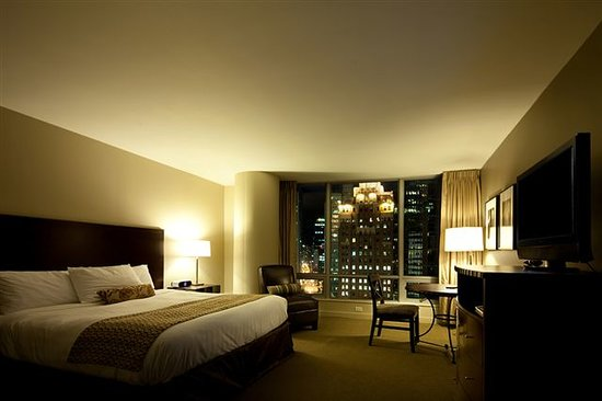 The Hotel at Terminal City Club: Deluxe King Room