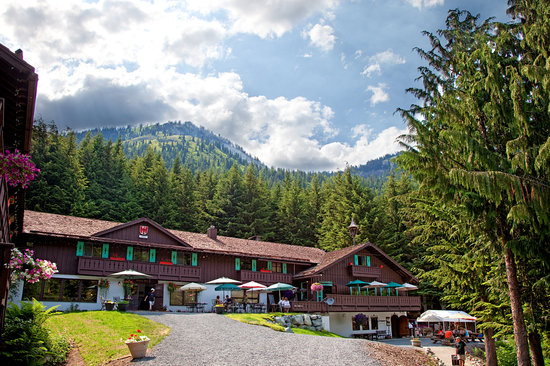 Photo of Crystal Mountain Hotels Alpine Inn Mount Rainier National Park