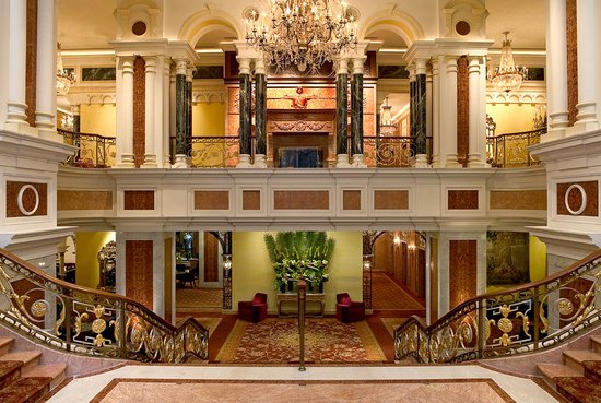 The New York Palace Hotel: Lobby Grand Staircase