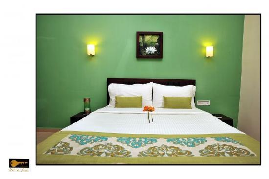 Samaya  Inn a Lane: Mediterranean hues!