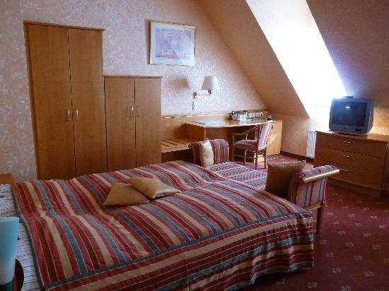 Hotel Domstern: Junior suite bedroom