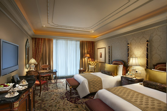 The Leela Palace New Delhi: Deluxe Twin Room