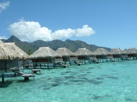 Papetoai, French Polynesia: Over water bungalow