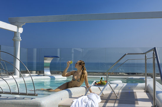 Hotel De Londres : PENTHOUSE SPA over the sea 