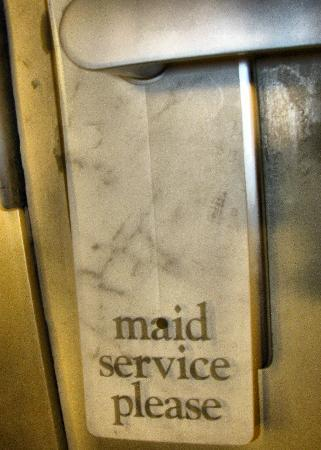 Red Roof Inn Hagerstown-Williamsport: maid service?